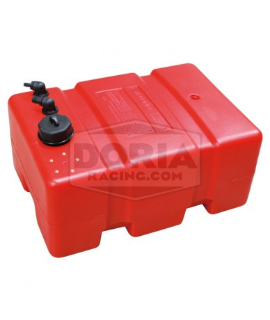 Depósito de combustible con tomas